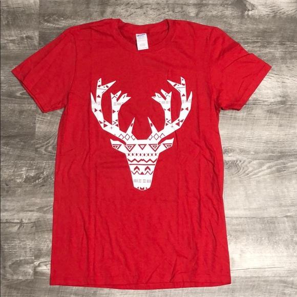 f66c0be80690 Gildan Shirts | Nwot Small Deer Head Graphic Tee | Poshmark
